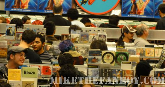 Scott Pilgrim Vs. The World DVD signing line amoeba music los angeles