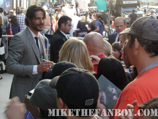 Joe Manganiello True Blood season 3 autograph premiere