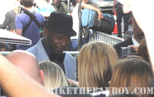 Nelsan Ellis Signing Autographs True Blood Season 3