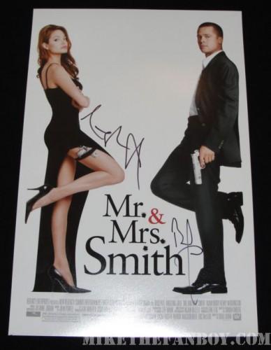 Mr and Mrs. Smith signed poster Brad Pitt angelina jolie