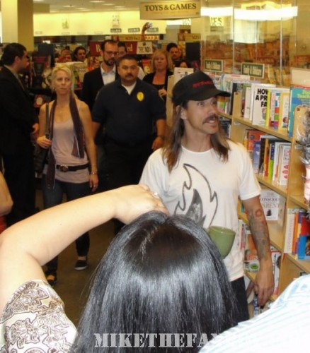 Red Hot Chili Peppers anthony kiedis barnes and noble california grove