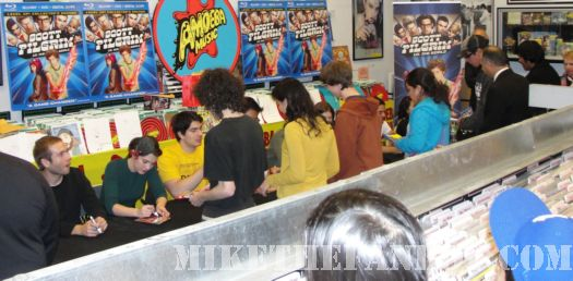 Scott Pilgrim Vs. The World DVD signing Michael Cera Anna KEndrick Brandon Routh