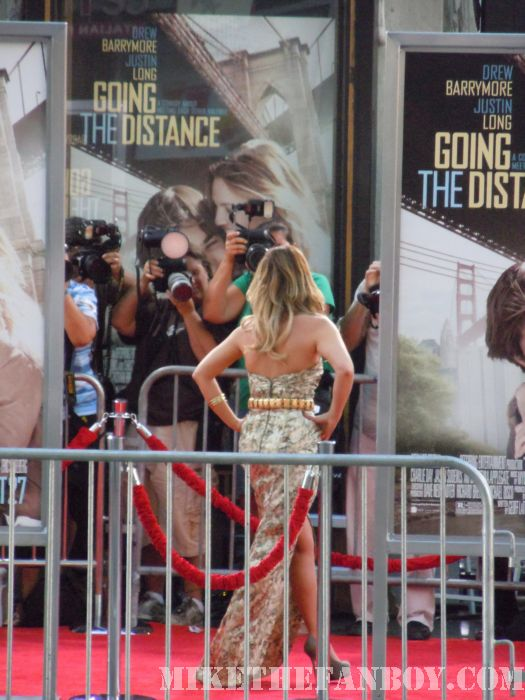 Drew Barrymore Signing Autographs for fan at the Going The Distance Premiere in Hollywood