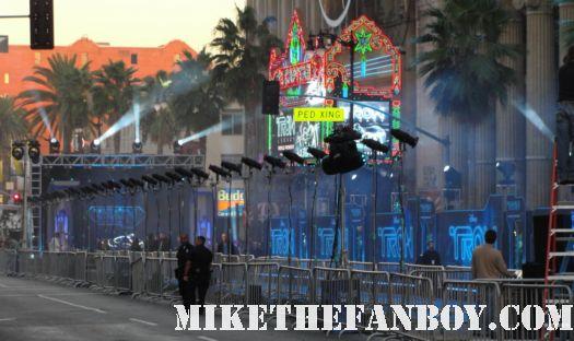 Mike the fanboy tron legacy jeff bridges Garrett Hedlund olivia wilde shirtless sexy naked