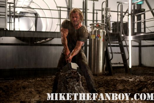Chris Hemsworth Thor teaser movie poster rare mini sexy shirtless naked hot sweat
