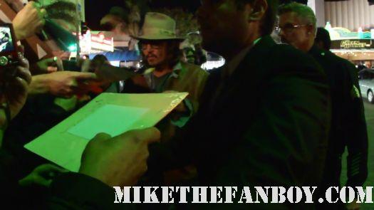 johnny depp signing autograph westwood rango sleey hollow pirates rare carpet fandom mike the fanboy