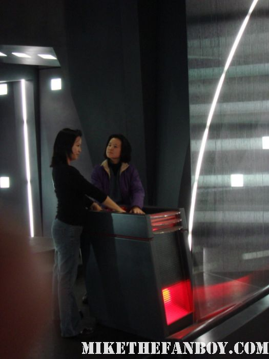 battlestar galactica base star linda and erica behind the scenes cylon ship rare promo behind the scenes