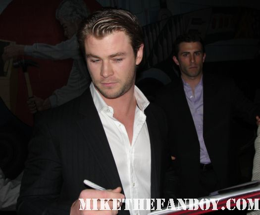 Chris Hemswoth signed autograph thor sexy hot wet cabin in the woods shirtless smoking fucking