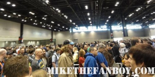 Chicago Comic and Entertainment Expo…aka C2E2 lines on the floor mayhem swag freebies thor green lantern rare comic con san diego 2011