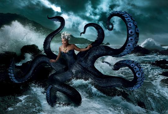 queen latifah little mermaid ursula annie leibovitz walt disney portraits rare promo hot rare parks