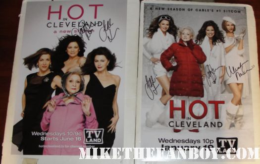 The Cast of Hot In Cleveland with Wendie Malick Betty White Valerie Bertinelli and Jane Leeves
