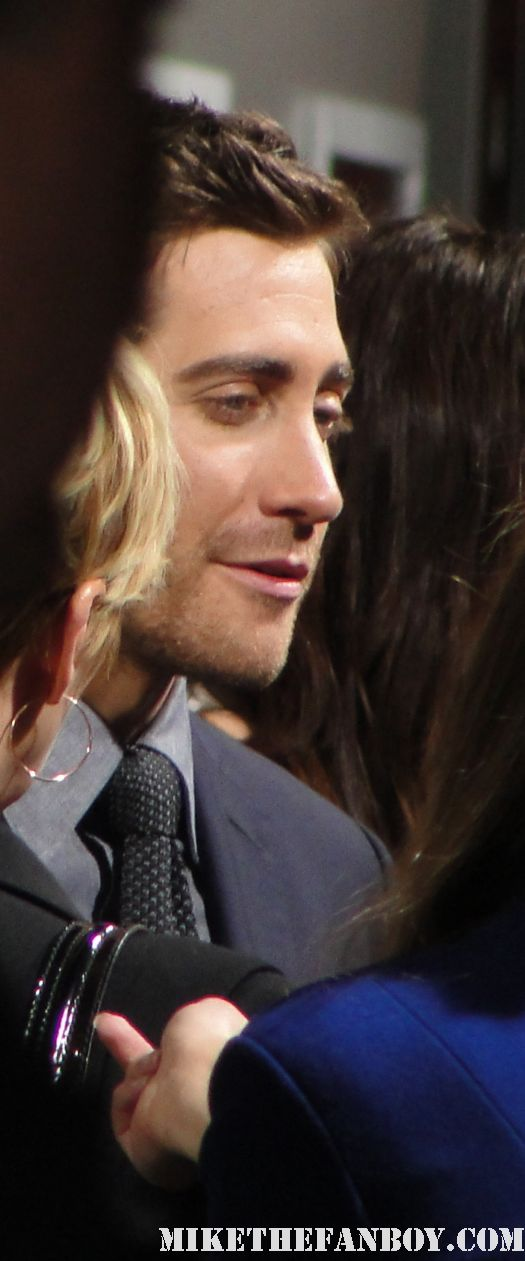 Jake Gyllenhaal arriving at the source code world premiere signed autograph hot sexy shirtless love and other drugs prince of persia hot sexy damn