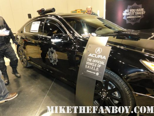 Chicago Comic and Entertainment Expo...aka C2E2 s.h.i.e.l.d. rare promo display the avengers acura chris hemsworth promo display thor awesome rare promo poster car gun hawkman