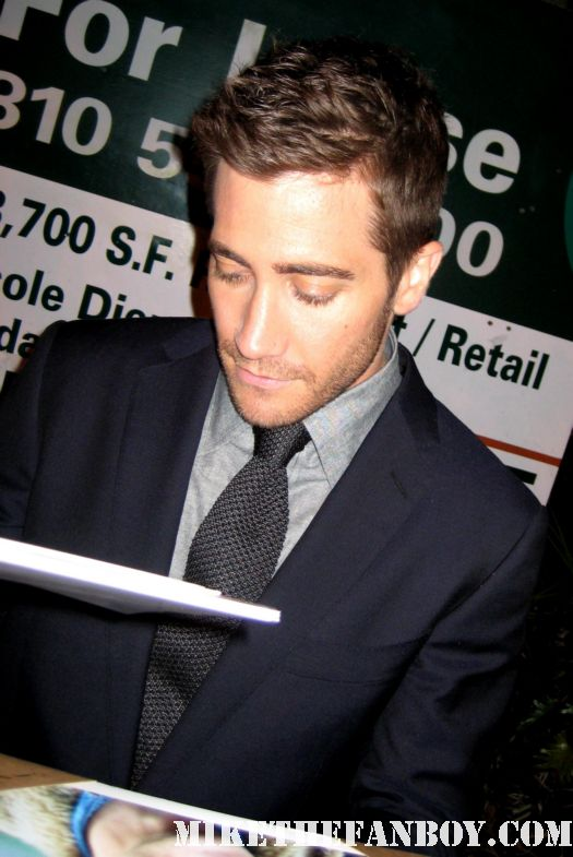 Jake Gyllenhaal hot sexy rare signed autograph jarhead source code donnie darko love and other drugs