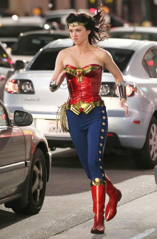 wonder woman adrianne palicki new costume rare action shots hollywood los angeles streets costume new rare blue pants hot sexy amazong rare