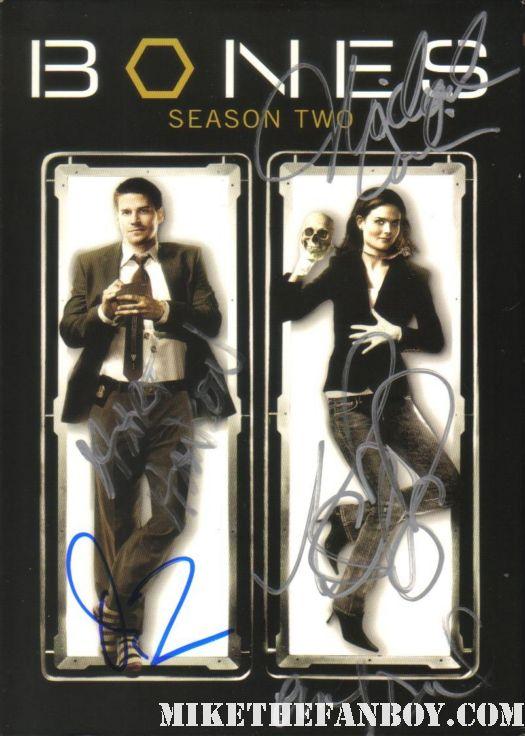 bones cast signed bones season 2 dvd set David Boreanaz hart hanson emily deshanel cj autograph sexy