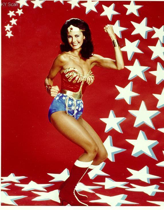 lynda carter wonder woman 1975 rare promo photo hot sexy rare superhero rare promo red tiara golden lasso