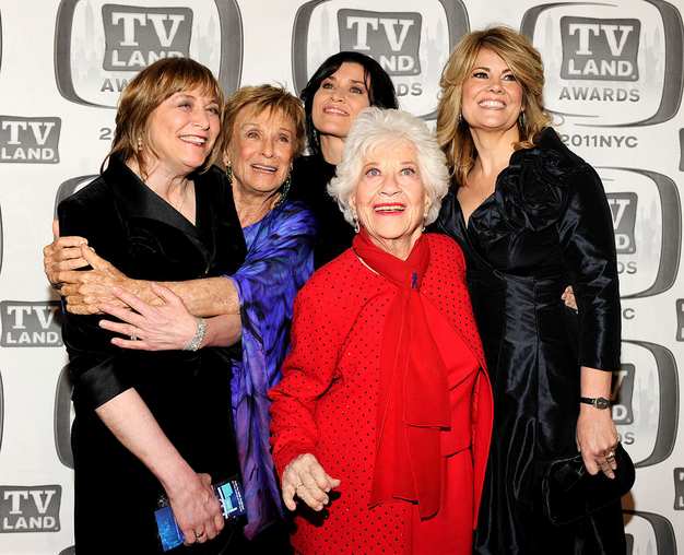 facts of life cast now reunited TV land awards 2011 rare charlotte rae geri jewell nancy mckeon lisa whelchel cloris leachman
