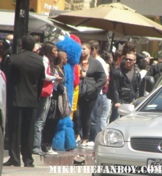 costume characters on hollywood blvd spider man superman rio movie premiere anne hathaway rare signed autograph