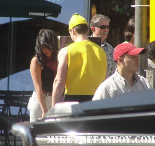 a man dressed like a lemon on hollywood blvd at the scream 4 world premiere los angeles rare signed autograph