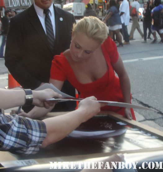 Hayden Panettiere signed autograph scream 4 world premiere kirby reed heroes claire sexy hot rare cheerleader