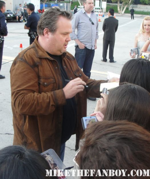 eric stonestreet from modern family signed autograph rico bridesmaids world premiere sexy rare cameron