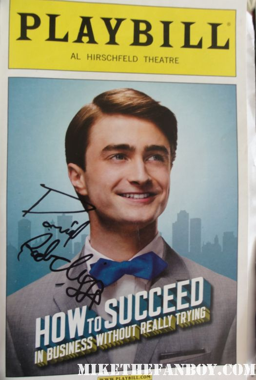 daniel radcliffe harry potter star signed autograph playbill how to succeed in business without really trying rare promo autograph hot