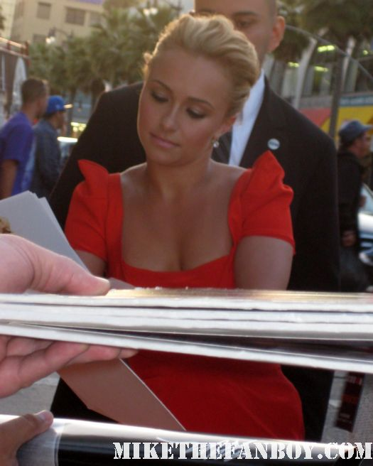 Hayden Panettiere Kirby Reed scream 4 world premiere signed autograph scre4m heroes rare promo poster