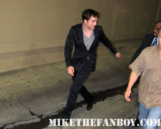 Robert pattinson rob pattinson greets fans and signs autographs after taping an episode of jimmy kimmel live to promote water for elephants