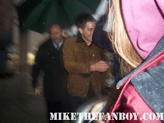 Jake Gyllenhaal signed autograph source code rare love and other drugs sexy hot rare rain wet bubble boy damn fine