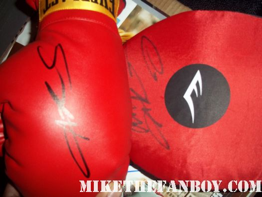 sugar ray leonard signed promo boxing gloves after a talk show taping jimmy kimmel rare legend fighter fight
