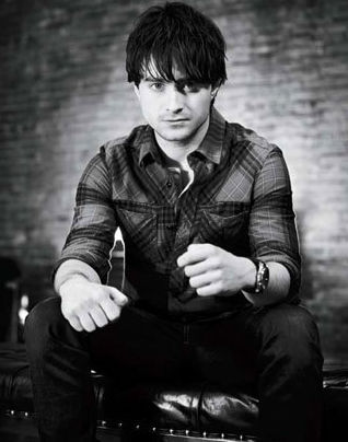 daniel radcliffe sexy hot black and white photoshoot photo shoot gotham magazine fine rugged how to succeed in business