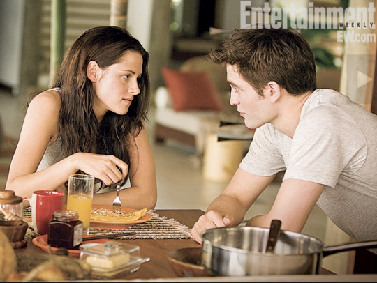 rob pattinson kristen stewart entertainment weekly photo twilight breaking dawn press still hot sexy promo rare