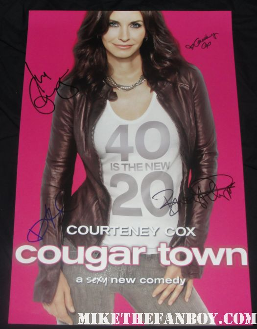 courteney cox signed autograph cougar town season 1 one promo poster 40 is the new 20 busy phillips bill lawrence dan byrd ian gomez
