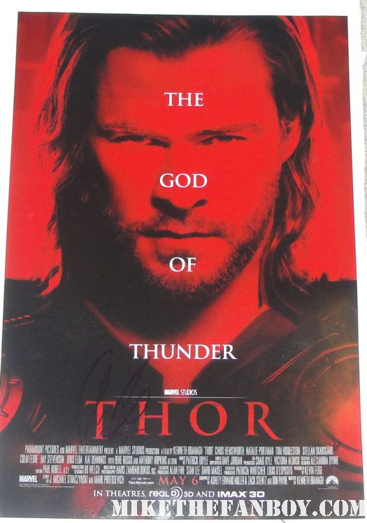 chris hemsworth thor god of thunder signed autograph sexy mini promo poster red promo kat dennings natalie portman