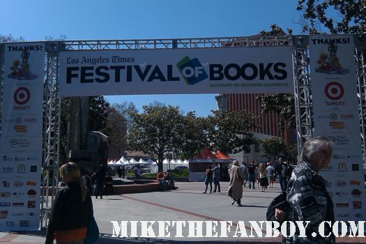 the los angeles times festival of books enterance book signings autograph rare promo novel strumpet mike the fanboy