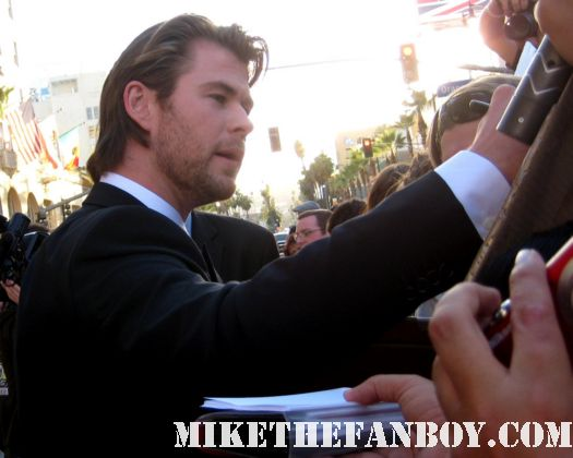 chris hemsworth sexy hot thor blonde norse god Thor los angeles premiere rare sexified photo shoot rare aussie muscle workout shirtless