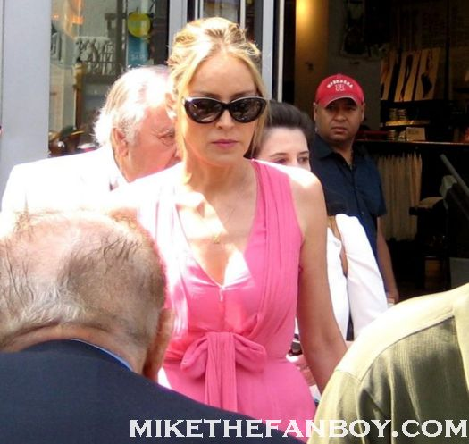 sharon stone at jane morgan's walk of fame ceremony on hollywood blvd rare promo autograph total recall basic instinct