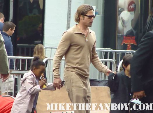 brad pitt and angelina jolie leaving the kung fu panda 2 world los angeles premiere with their children shiloh and maddox signed autograph hot sexy photo shoot rare promo