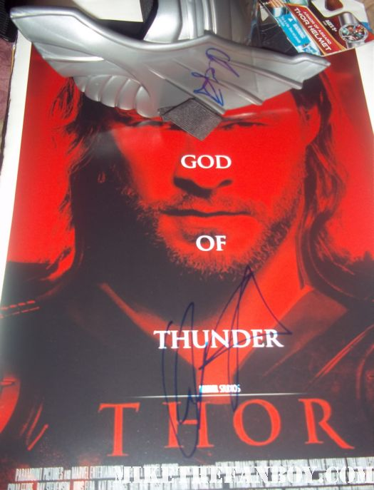 chris hemsworth signed autograph rare promo mini poster hot sexy damn fine rare promo blue eyes huge muscle