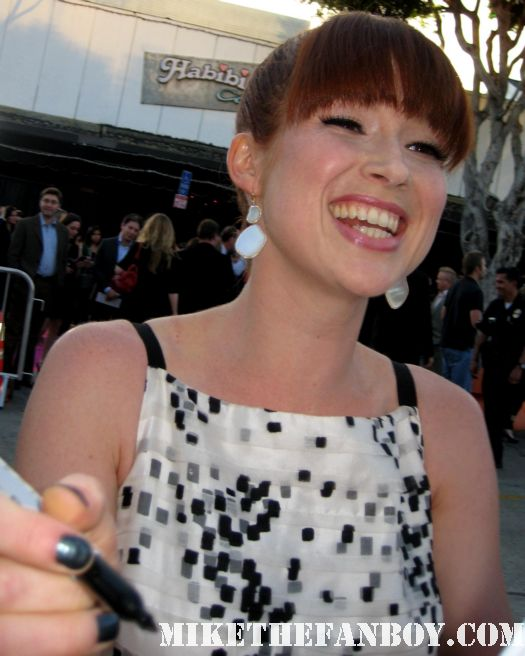 ellie kemper from The Office and becca from Bridesmaids signs autographs for fans at the bridesmaids movie premiere in westwood! sexy hot rare funny quotes promo press kit one sheet movie poster movie quotes rare