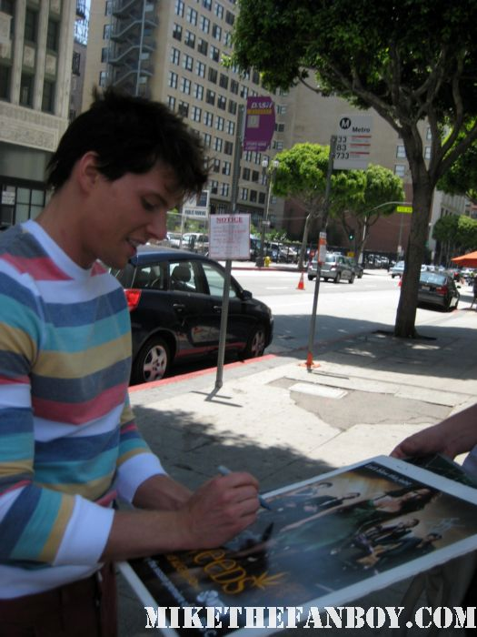 hunter parrish on location as silas botwin filming weeds season 7 rare hot sexy photo shoot promo picture signed autograph weeds season 7 promo poster hot 17 again sexy