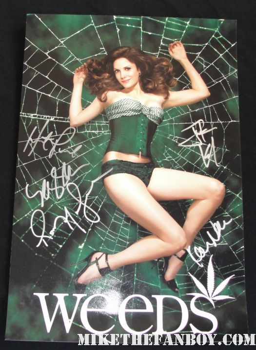 weeds season 5 rare promo poster signed autograph case mary louise parker romny malco hunter parrish kevin nealon justin kirk rare hot sexy photo shoot showtime promo signed autograph hot fried green tomatoes weeds season 7 premiere june 2011
