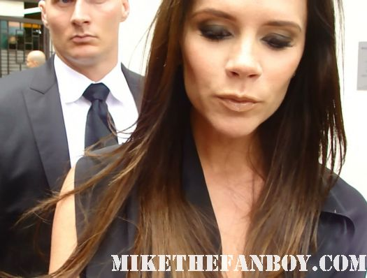 Victoria Beckham posh spice signing autographs at simon fuller's walk of fame star ceremony w magazine david beckham shirtless sexy hot photo shoot rare promo signature fans spice girls