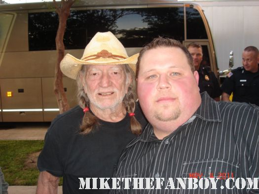 willie nelson rare pot signed autograph country music legend rare tour 2011 fan friendly promo
