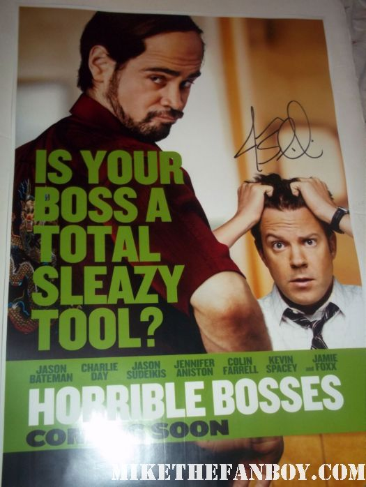 Jason Sudeikis host of the 2011 MTV Movie awards autograph signed promo hot sexy funny saturday night live horrible bosses 30 rock A Good Old Fashioned Orgy hall pass autograph horrible bosses promo mini poster colin farrell rare promo sexy hot rare photo shoot