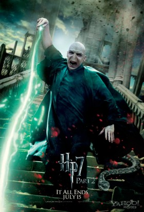 Lord-Voldemort-in-Harry-Potter-and-the-Deathly-Hallows-Part-2-Ralph Fiennes tom riddle rare promo mini poster fighting individual promo mini poster hot rare