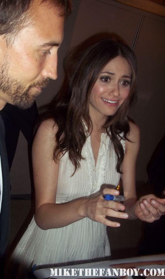 emmy rossum shameless  stops to sign autographs for fans after a q and a in los angeles rare hot sexy facts of live beverly ann stickle rare promo alternative families panel
