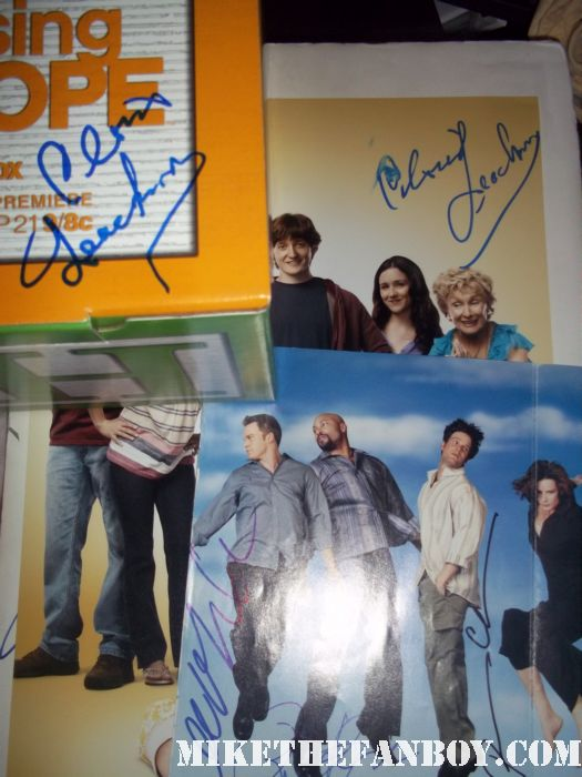 cloris leachman peter krause signed autograph promo hot sexy six feet under raising hope promo poster box set dvd hot rare promo poster autograph signed dexter jennifer carpenter