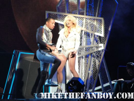 britney-spears-live-in-concert-staples-center-june-20th-2011-femme-fatale-tour-hot-sexy-rare